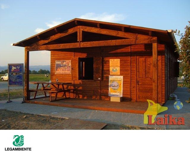Laika progettazione produzione e vendita di canili box for Case di legno del paese del lago
