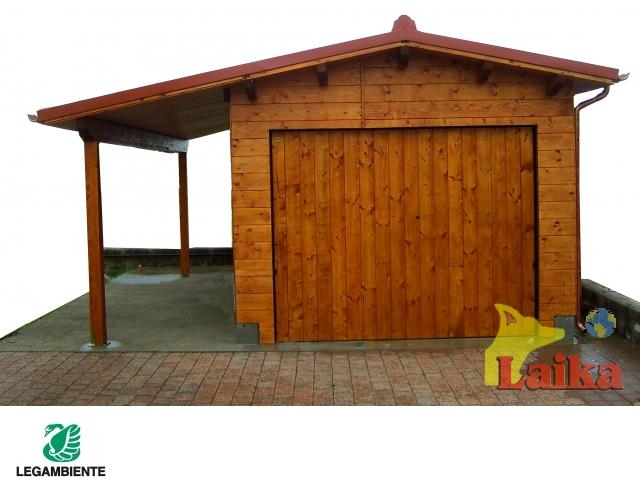 Laika progettazione produzione e vendita di canili box for Garage con veranda