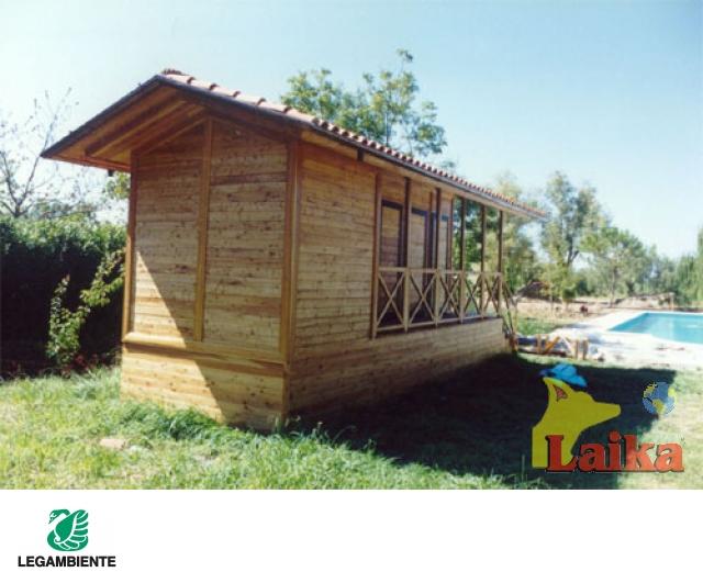 Laika progettazione produzione e vendita di canili box for Strutture prefabbricate in legno
