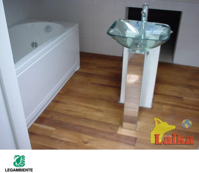 Laika progettazione produzione e vendita di canili box for Arredi da giardino in legno